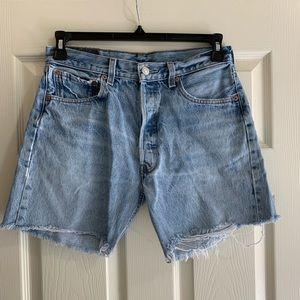 Levi's cut off shorts 501 Size 33x31